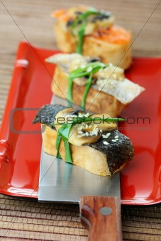 Tamago yaki with mushrooms and salmon skin.