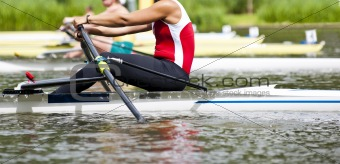 Single scull women's rowing start