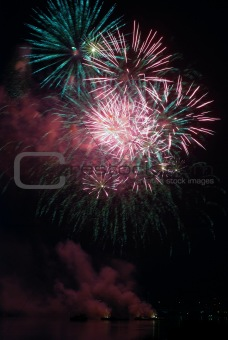Firework bursting03