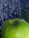 Refreshing apple
