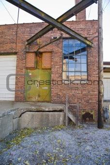 Crossbeams over Entrance