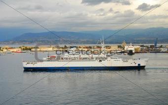 Cruise ship approaching port