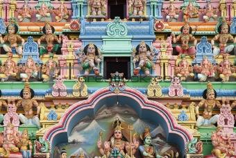 hindu temple detail in singapore