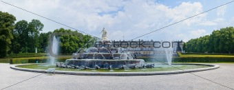 Fountain of King Ludwigs palace Herrenchiemsee