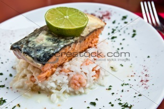 grilled salmon and lemon