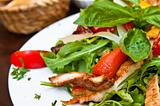 Fresh chicken salad with tomatoes