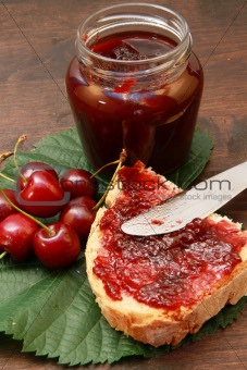 sweet cherry jam