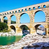 Roman aqueduct, Pont du Gard, Provence, France
