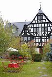 Dreigiebelhaus, Krov, Rheinland Pfalz, Germany