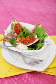 Salad with fig