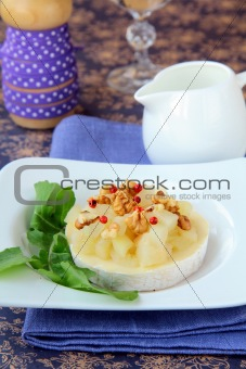 appetizer delicacy of pears and cheese Camembert
