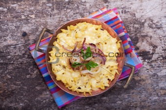 bavarian spaetzle noodles with cheese