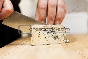 Cutting cheese