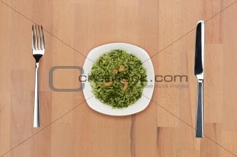 Rice with spinach and cashew