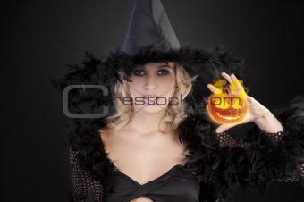 the dark halloween witch
