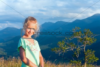 girl outdoor portrait in sunset sunlight