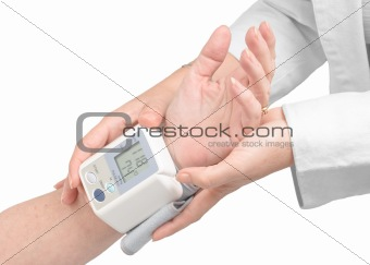 Medical assistance measuring blood pressure