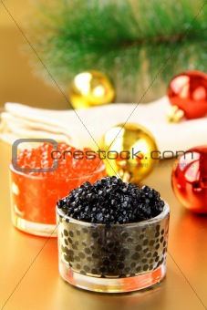 red and black caviar in glass jars