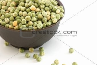 Green pea in a bowl