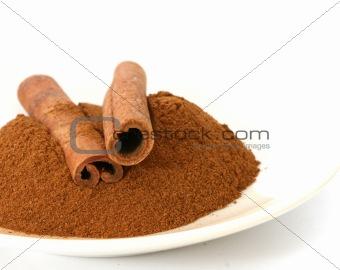 Cinnamon sticks and ground