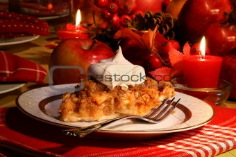 Apple crumble pie for the holidays