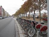 Bicycle cycle rentals ecology eco-transport lyon velov