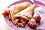 crepes with strawberries