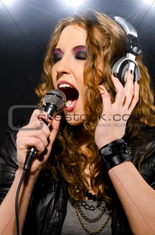 rock woman sing mic headphones 2012(58).jpg