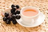 Black chokeberry tea