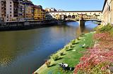 relax in Florence in front of Ponte Vecchio