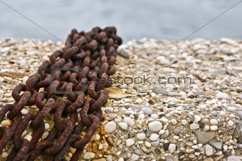 Chains on the pier