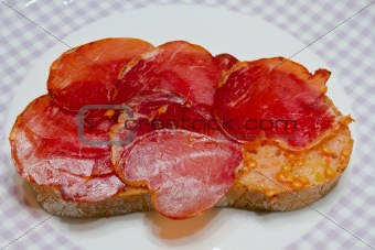 Catalan style tomato rubbed, about the scourge of rural style.