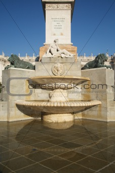 fountain at Oriente Square Madrid