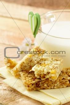 breakfast of muesli bars and milk