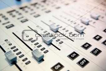 audio mixing planel