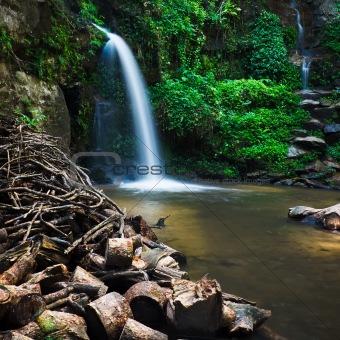 Mon Tha Than waterfall
