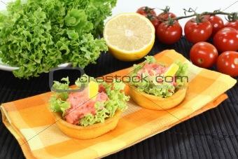 Cup corn with salmon salad
