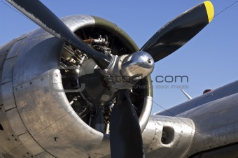 B-17 bomber engine