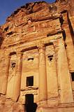 Urn tomb petra