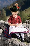 Little girls in Bavarian pray