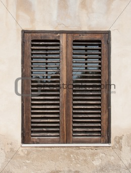 Closed wood window