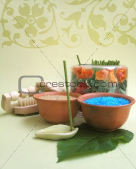 Assorted spa elements