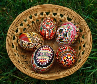 Painted Easter eggs 1