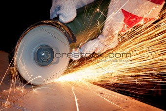 Sawing metal