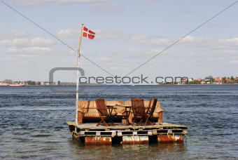 Luxurious raft