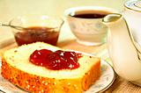 tea and bread with jelly