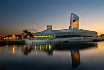 23- Imperial War museum manchester