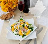 Vitamin salad with pink wine