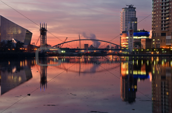 28 - Pink sky at Lowry salford quays