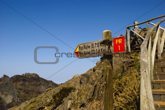 Signal to Pico Ruivo, Madeira